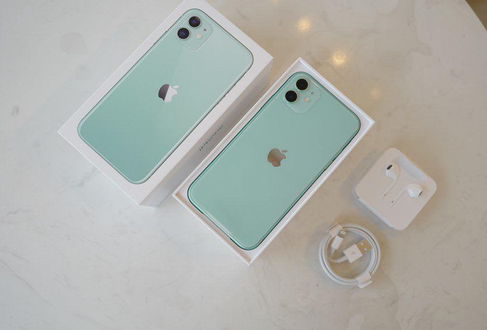 iPhone 11 64gb fresh