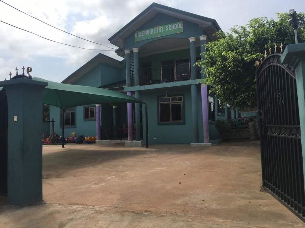 Registered Title, 7 bedrooms Storey building at Amahia