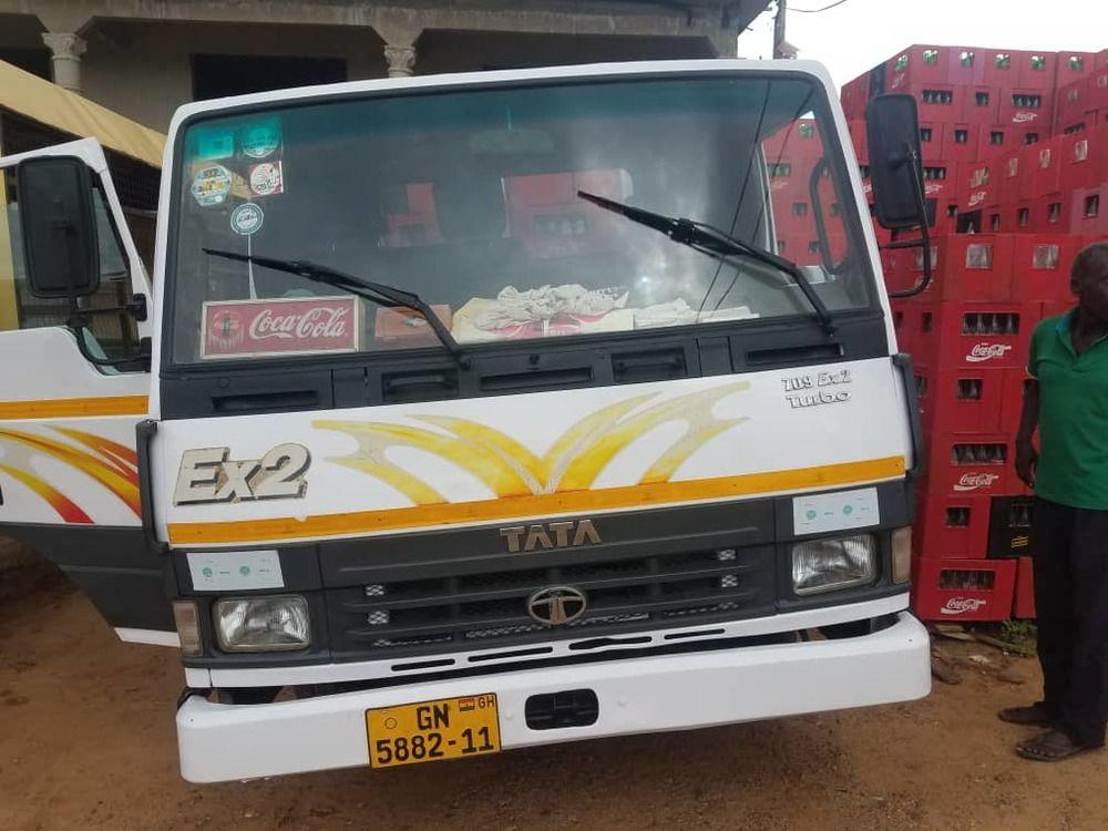 TATA 709 EX2 TRUCK (VERY NEAT)