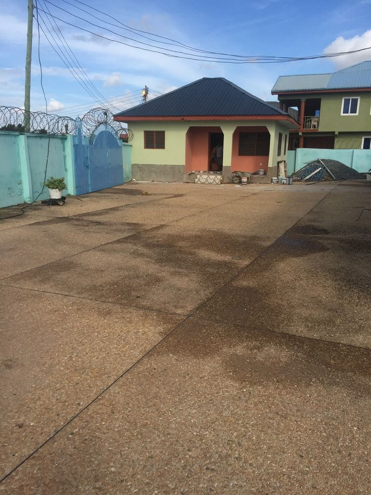 Three Bedrooms For Rent Legon Kwadwo Adjei 9958