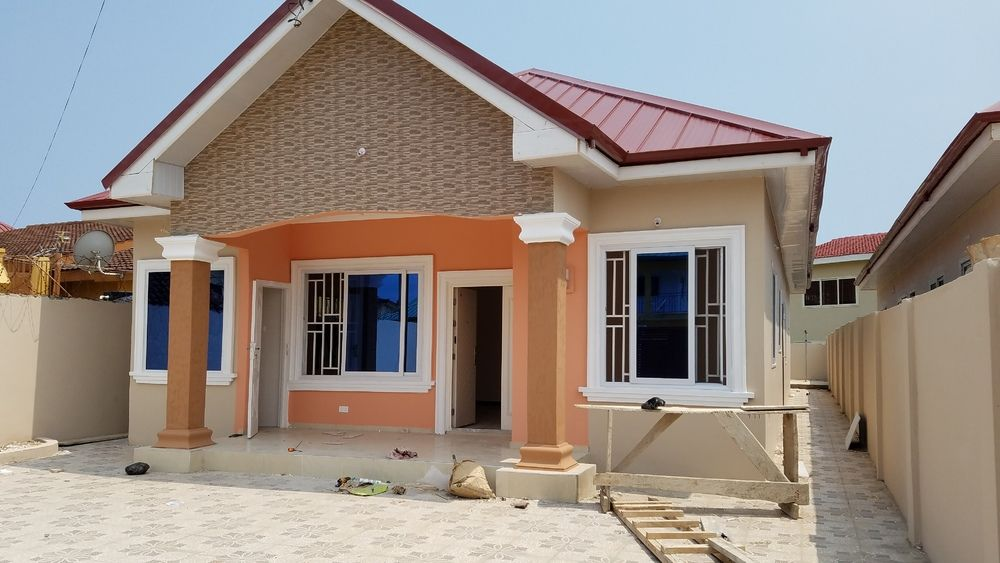 3/bedroom house for rent at spintex